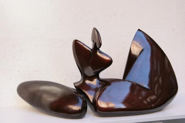Annette Jalilova,Musakan, brons h37x65cm